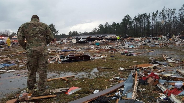 At least 14 people killed in Georgia amid string of winter tornadoes (VIDEO)