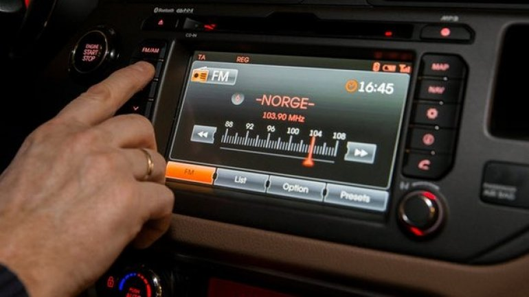 Norway ignores bad reception and starts FM radio switch-off