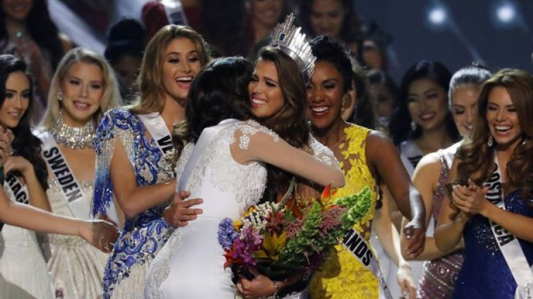 Watch the moment Miss France is crowned WINNER of Miss Universe (PHOTO/VIDEO)