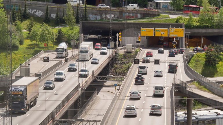 Oslo to temporarily ban diesel cars to combat pollution