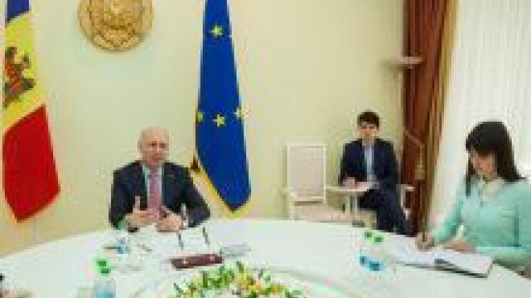 Prime Minister Pavel Filip held meeting with Ambassador of Azerbaijan to Moldova (PHOTO)