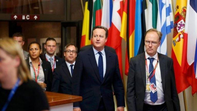 UK's ambassador to the EU Sir Ivan Rogers resigns
