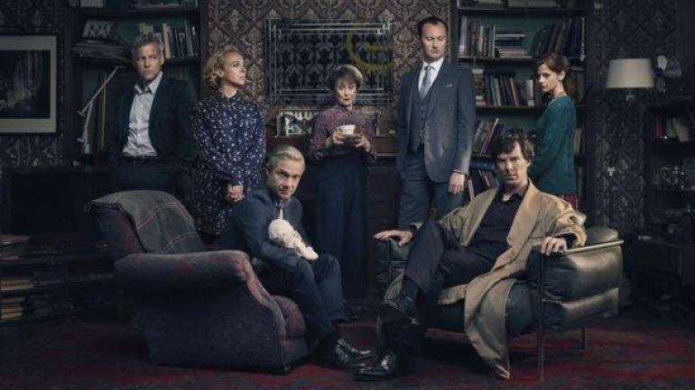 Sherlock writer Mark Gatiss answers critic in verse