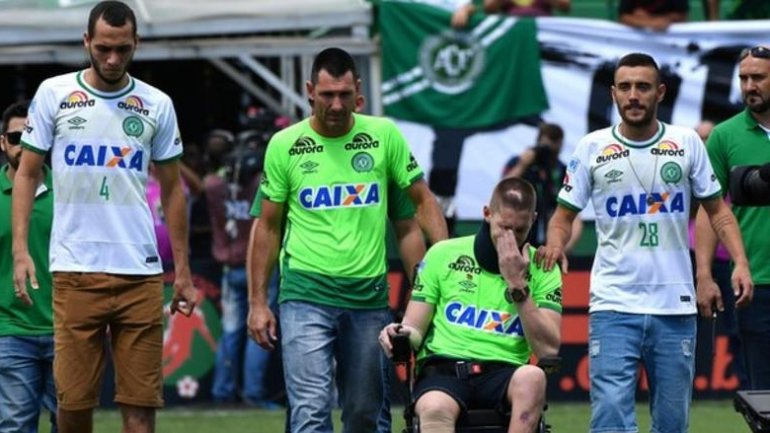 Brazilian footbal team Chapecoense play first game since plane crash
