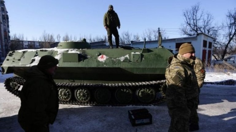 Authorities plan evacuation of frontline town of Avdiivka, Ukraine