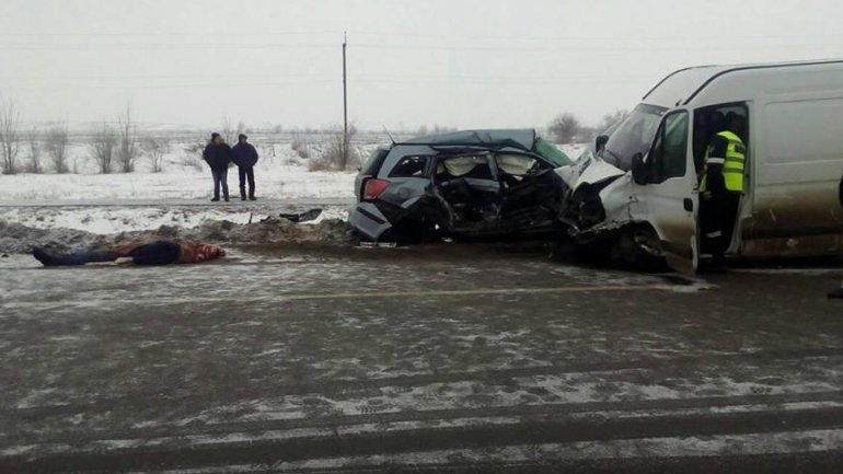 One dead, three others injured in a car accident in Telenesti district (PHOTO)
