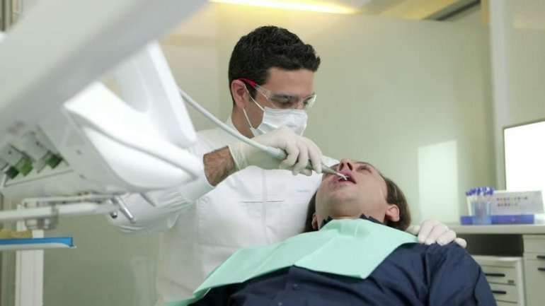 Dentists have what to worry about. Scientists use drugs to make rotten teeth regenerate by themselves