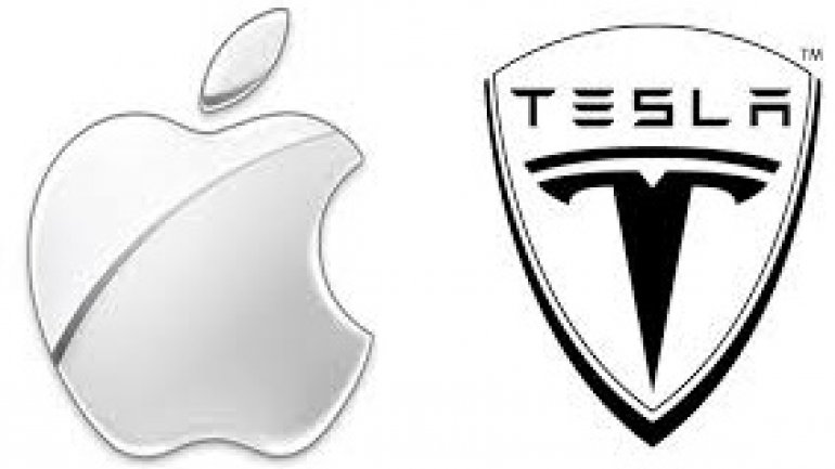 Longtime Apple programmer and Swift creator leaves Apple for Tesla