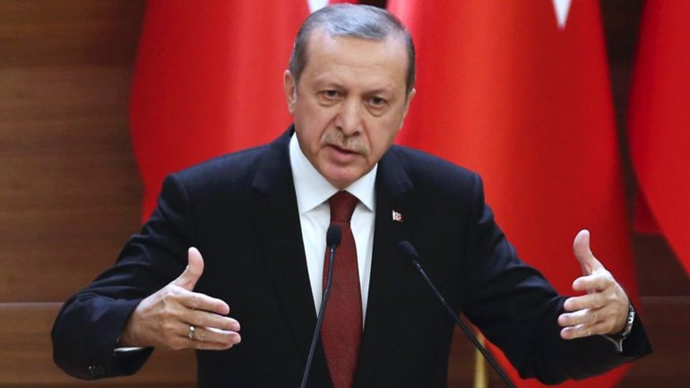 Turkey readies to give president more powers through referendum