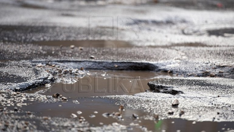 Road repair works begun in Chisinau. List of streets that will be repaired today