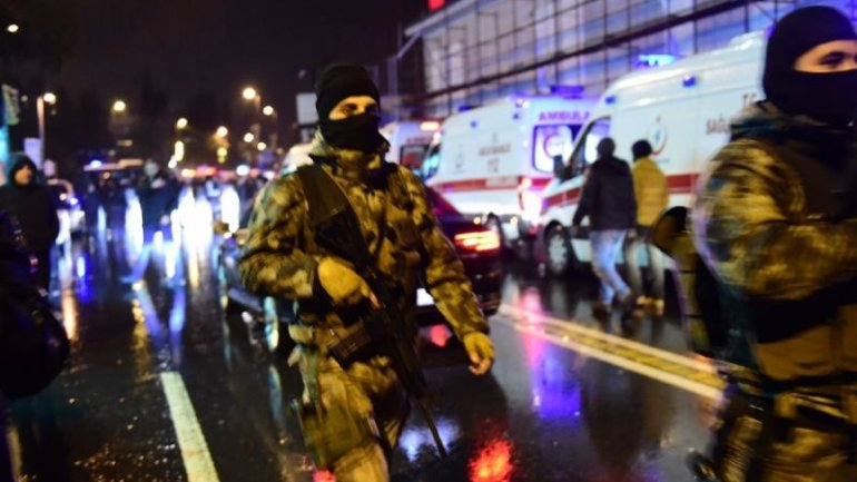 'Santa' kills at least 35 in Istanbul night club