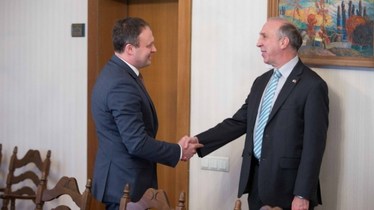 Parliament to celebrate 25 years of U.S.-Moldovan diplomatic relations