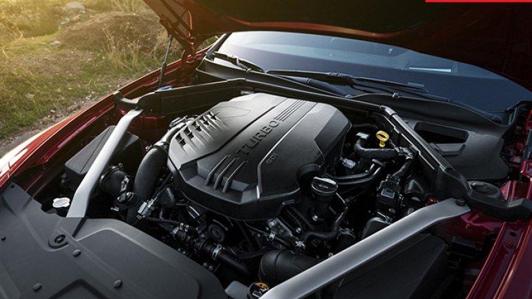 Kia reveals Stinger GT sedan at Detroit Auto Show
