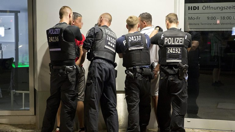 German police seize 155kg of explosives, detain 2 men with possible links to right-wing terror group