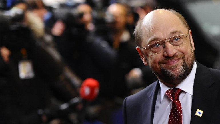 GERMAN ELECTIONS: Social-Democrats advance Schulz to battle Merkel