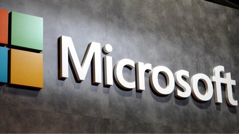 Microsoft's market value passes over $500 bn
