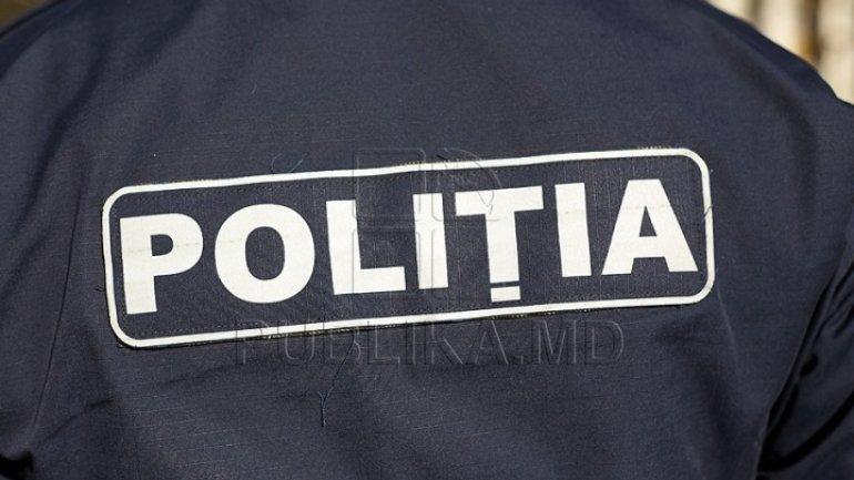 Police detains drug dealers red-handed