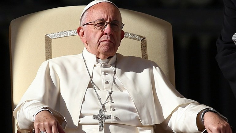 Pope deeply concerned with terrorism and urges world leaders to do what they can do quench it
