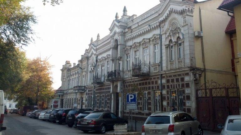 "Top Chisinau prosecutor warns subalterns not to commit ""disciplinary deviations"""