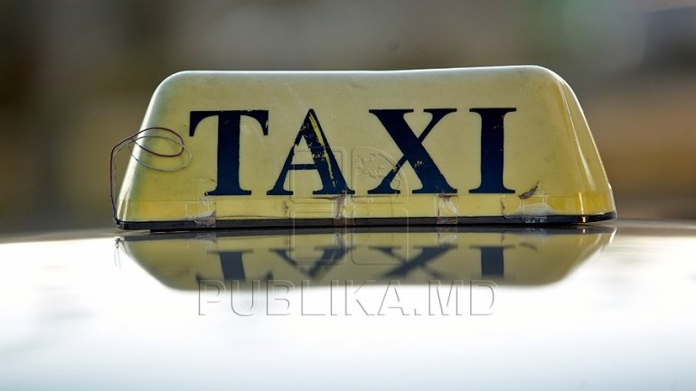 Taxi Drivers Make Their Own Laws Refuse To Issue Receipts To - Making receipts for customers