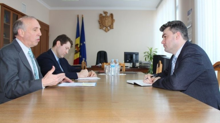 Moldovan deputy premier meets U.S. ambassador