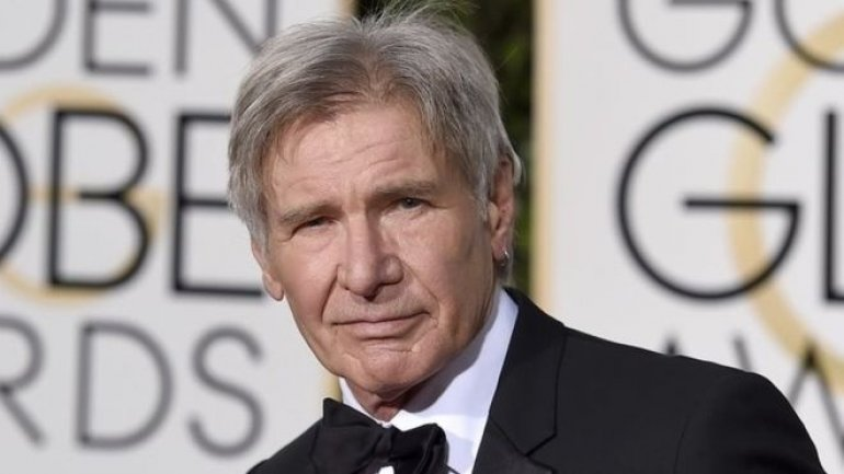 "Harrison Ford ""in near-miss"" at US airport"