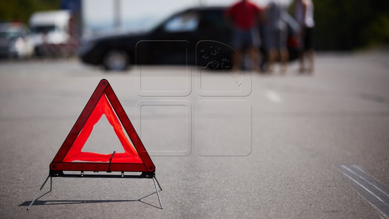 HUGE Traffic jam after FOUR car-crash in Chisinau