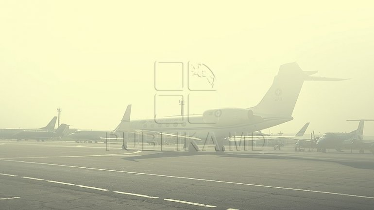 Flight delays after fog hits Moldovan airport