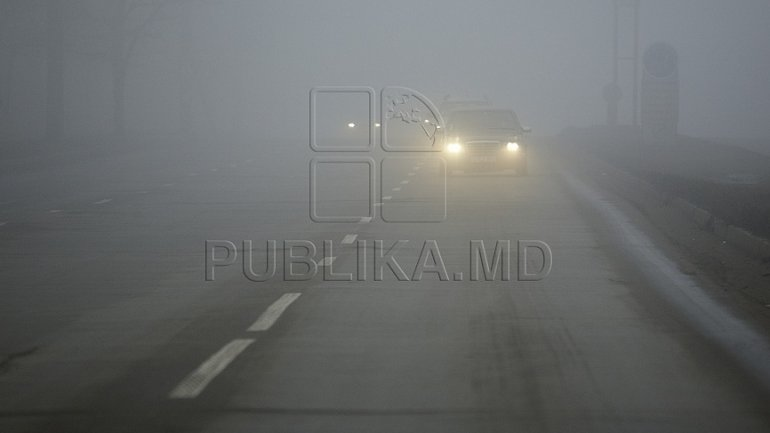 Police urges drivers to be more careful as fog covers Chisinau