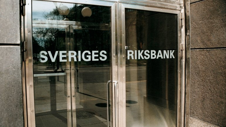 Sweden tries to cope with too much money from taxes