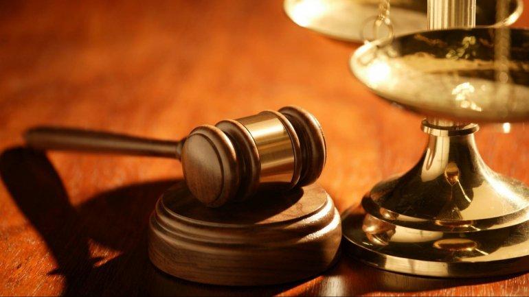 Lawyer Valerian Manzat gets 30 days of warrant arrest