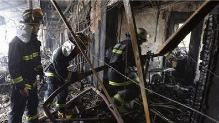 10 die in fire in Chinese hotel