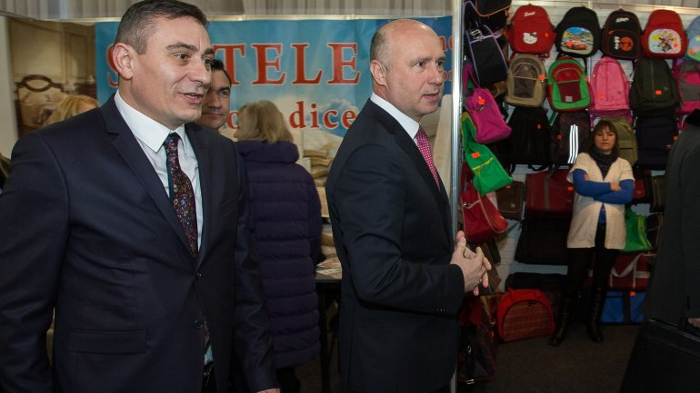 "Pavel Filip attends 16th edition of national exhibition ""Made in Moldova"""