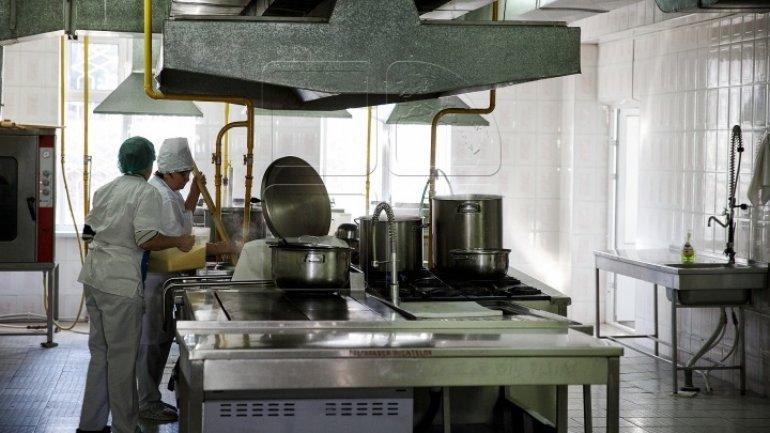 Parliamentary committee finds irregularities in keeping food at kindergartens