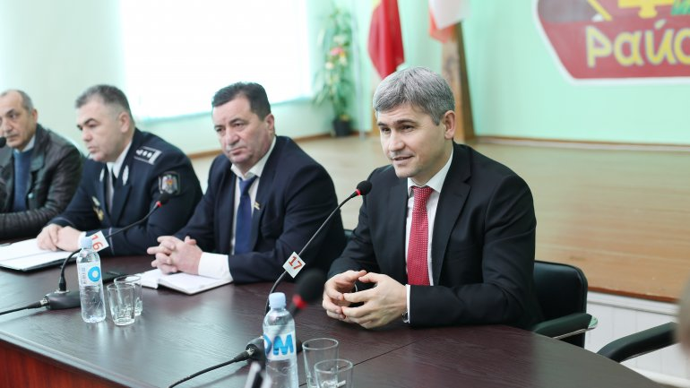 Minister of Internal Affairs Alexandru Jizdan held meeting with Taraclia district local authorities