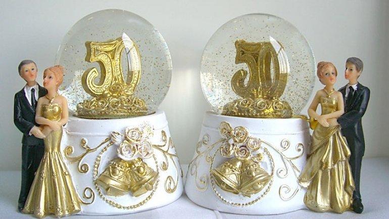 Love and Faith. 19 couples celebrate GOLD and DIAMOND weddings