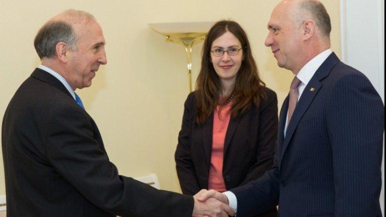 Moldovan Prime Minister meets with U.S. ambassador