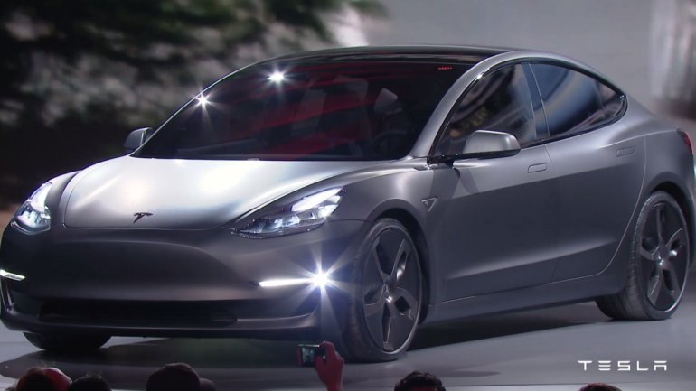 Tesla halts production to get ready for its high-volume Model 3