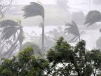 Cyclone Debbie: Monster storm batters Australia (VIDEO)