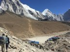 Australian man dies on return from Everest base camp