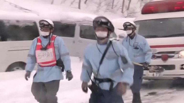 Eight school children feared dead in Japanese avalanche (PHOTO/VIDEO)