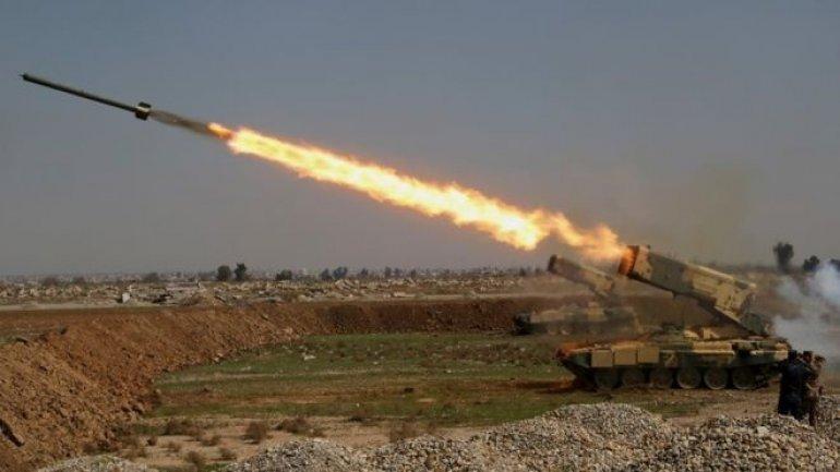 Mosul IS offensive: Iraqi forces capture second bridge over Tigris