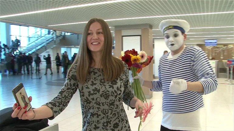 Women invited to dance to celebrate International Women's Day at Chisinau Airport