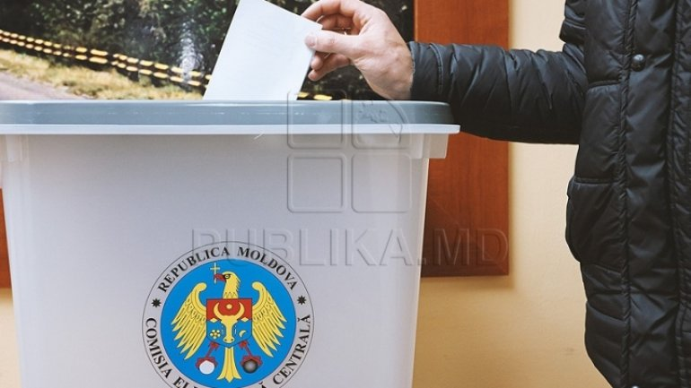 Son of famed Moldovan poet backs uninominal voting