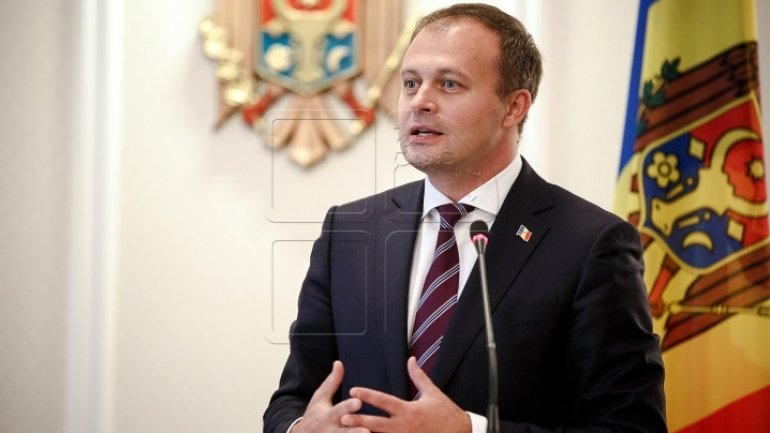 Parliament President Candu: Referendum started by President is populist, money-wasting idea. Igor Dodon can't help campaigning
