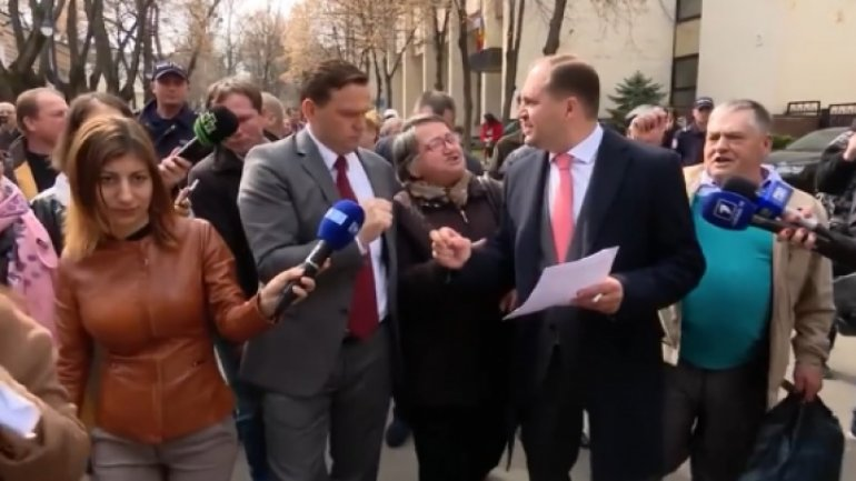 Ion Ceban to Năstase: Andrei, come back! I just want to answer your questions! (VIDEO)