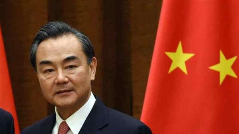 Chinese Foreign Minister suggests N. Korea to halt launching missiles
