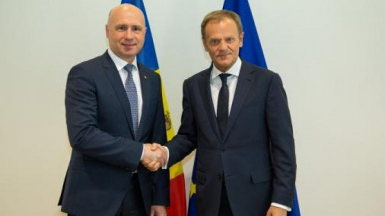 Donald Tusk assures Moldova's Premier Pavel Filip of personal support