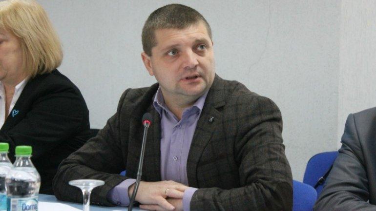 Podarilov remains in custody