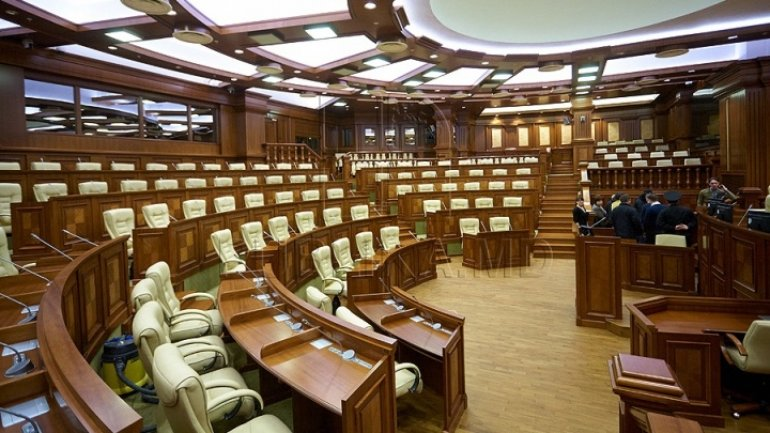 Debates on uninominal voting kick off in Moldovan Parliament